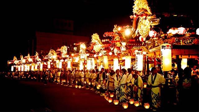 Lễ hội lồng đèn của đền Kasuga