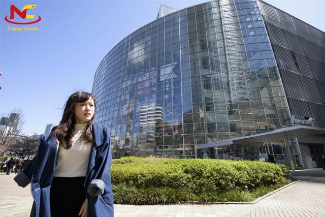 Du học Nhật Bản ngành làm đẹp tại trường Hollywood University of Beauty and Fashion