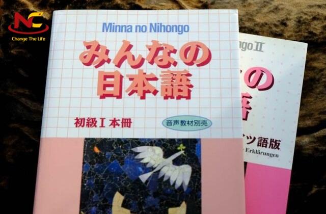 Mua sách gì học tiếng Nhật